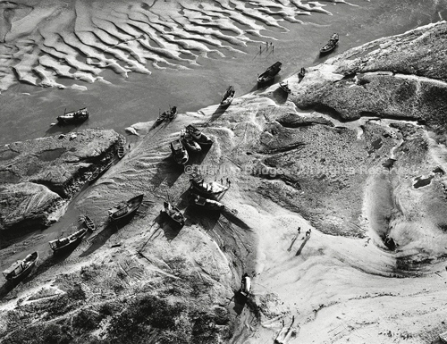 Low Tide, Maranoa, Brazil, 1993. Latin America. copyright photographer Marilyn Bridges